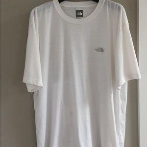 "North face ""Vapor Wick""  tee shirt, Men's XL"